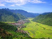 2-day trip on motorbike To Mai Chau in Hoa Binh province