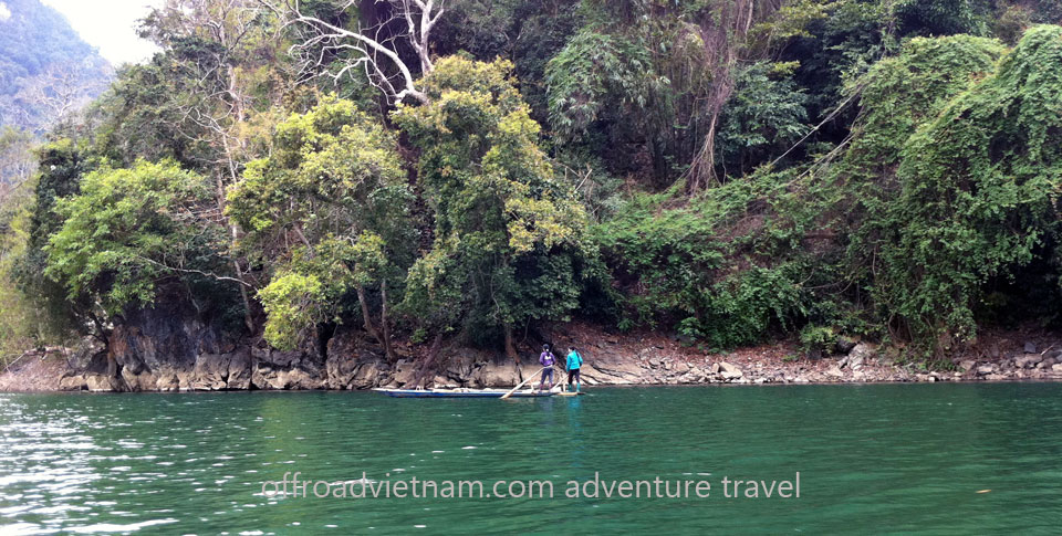 Vietnam Motorcycle Motorbike Tours - North-East Tour: Ba Be lake boating. North-East Tour