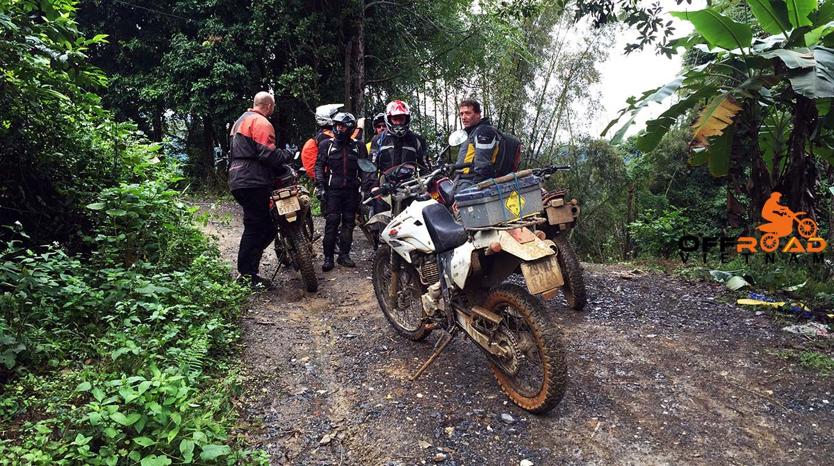 Vietnam Motorcycle Motorbike Tours - Ho Chi Minh Trail: Vietnam Dirt Biking on Ho Chi Minh Trail tour thorugh teh Central Highlands.
